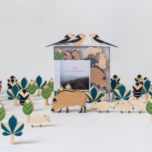 Hillside forest wooden animal game set